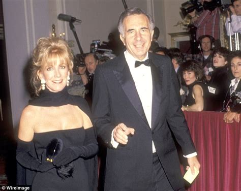 ichan son carl icahn endorses donald trump after he is floated for