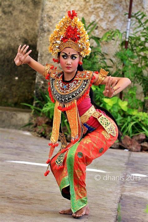 bali dancer wwwvillapantaibalicom dont forget