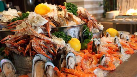 seafood buffet in bangkok by novotel bangkok fenix silom