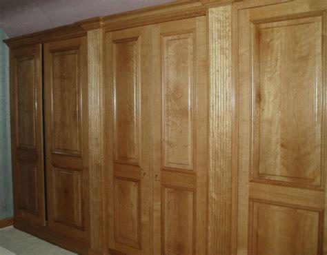 placard de chambre en bois placard en bois awesome design moderne en bois de