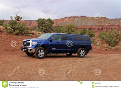 truck utah utah truck towing enclosed trailer royalty free stock