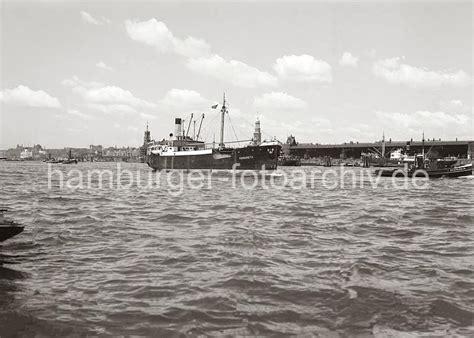 welche schiffe liegen im hamburger hafen historische hafenbilder aus hamburg schiffe auf der elbe