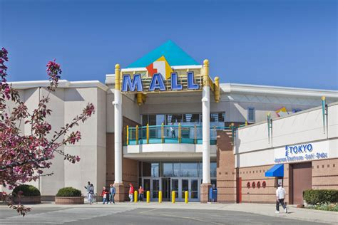 Broadway Mall Gift Card - welcome to square one mall a shopping center in saugus ma a simon property
