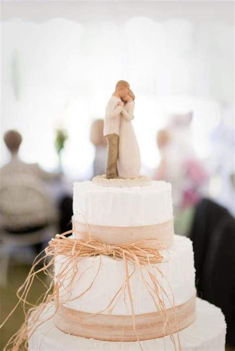 Wedding Cake Toppers Simple by The Of Simple Wedding Cakes Paperblog