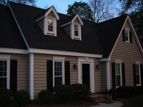 How To Faux Paint Garage Doors - 17 best images about redo on pinterest siding options house colors and exterior colors