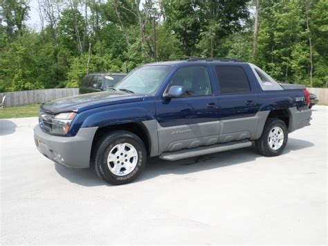 chevy avalanche bed size 2002 chevrolet avalanche 1500