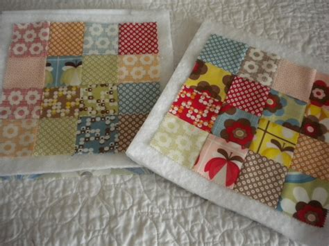 Project Patchwork - fast quilting projects pot holders mug rugs pincushions