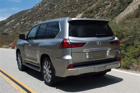 lexus 570 car 2016 2016 infiniti qx80 vs 2016 lexus lx 570 which is better