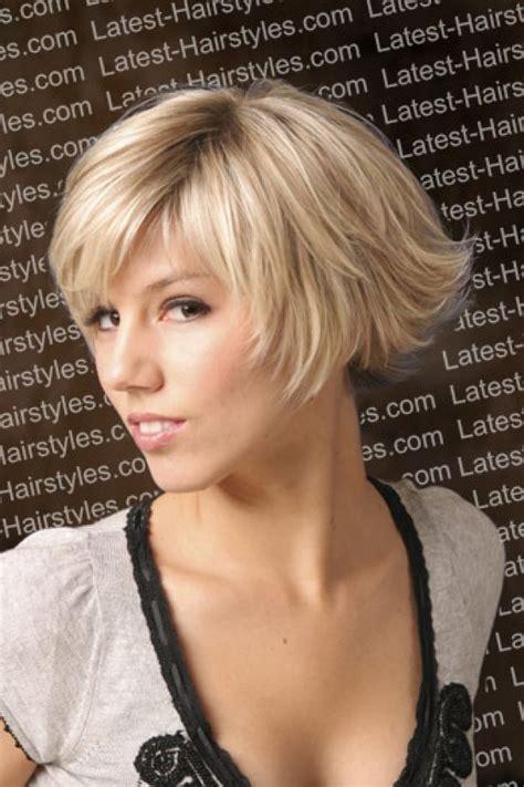sculptured ends haircut bob short layered bob hairstyle short layered hairstyle with