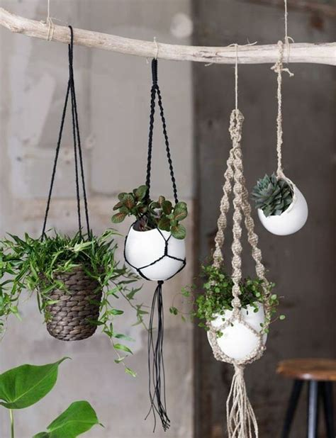 Macrame Patterns For Hanging Plants - 25 best ideas about macrame plant hanger patterns on
