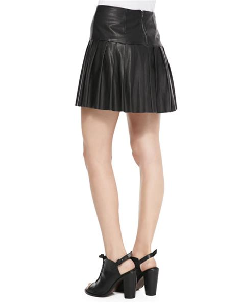 12th by cynthia vincent faux leather pleated mini skirt