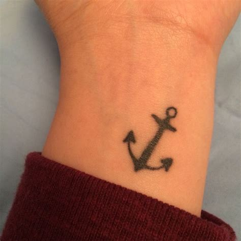 anchor tattoo on wrist meaning 46 anchor tattoos on wrists