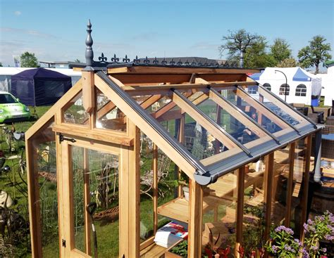 ridge vent vs attic fan beauteous roof ridge vent without soffit vents for roof vent