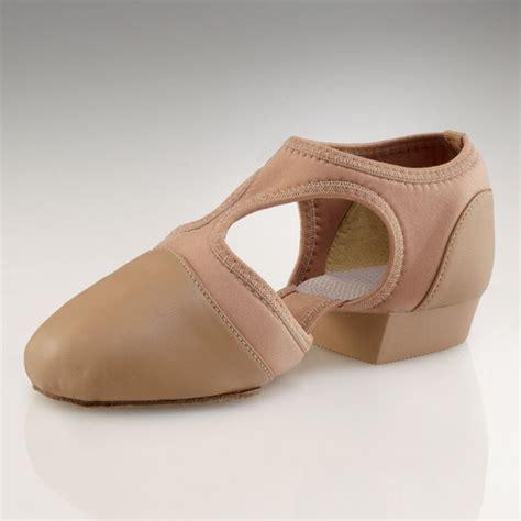 lyrical shoes capezio pedini femme lyrical shoes caramel