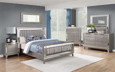 Mirrored Headboard Bedroom Set by Brazia Mirrored Bedroom Furniture