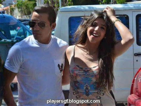 alexis sanchez wife players girlfriend chilean footballer alexis s 225 nchez and