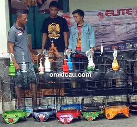 sangkar pleci malang elite indonesia sangkar lovebird berbahan fiber sangat