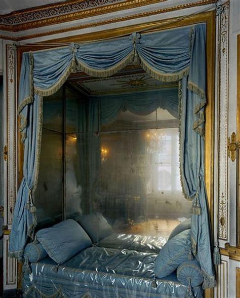 marie antoinette bedroom versailles marie antoinette s bed vintage pinterest