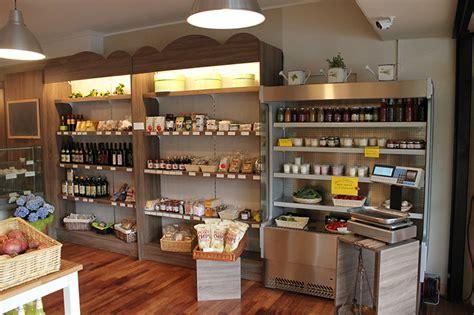 scaffali alimentari arredamento negozio alimentare arredo market arredo