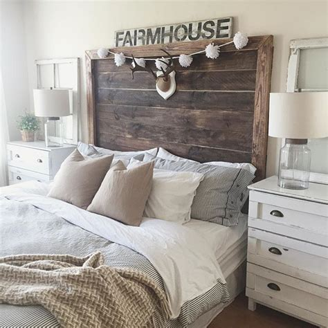 rustic headboard ideas 17 best ideas about rustic headboards on pinterest barn