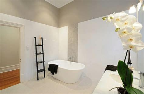 dekoleiter badezimmer 50 wohnideen f 252 r leiterregal und dekoartikel