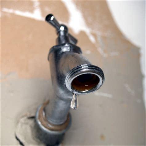wasserhahn reparieren einen tropfenden wasserhahn reparieren