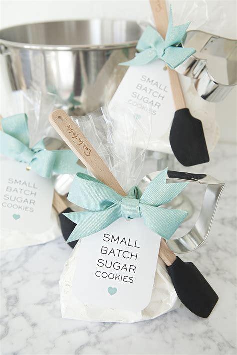 bridal shower favor ideas diy check out these adorable diy sugar cookie mix favors