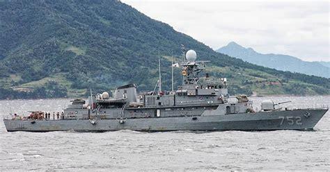 Dunia Unik Gantungan Kunci Negara Korea garuda militer dunia korea jual kapal perang ke seharga 100 dolar