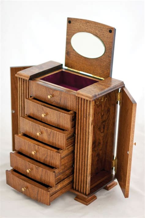 how to make jewelry boxes 17 best ideas about wooden jewelry boxes on