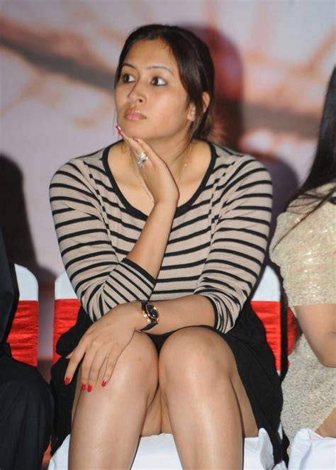 Hot Photos Jwala Gutta Spicy Pictures