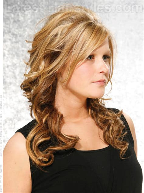 partial caramel highlights 30 bombshell blonde highlights to add to your bucket list