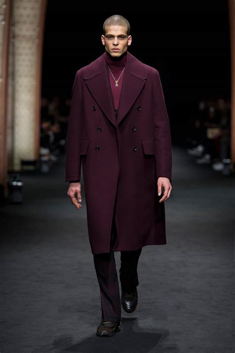 versace fall winter 2017 18 men s collection the skinny beep