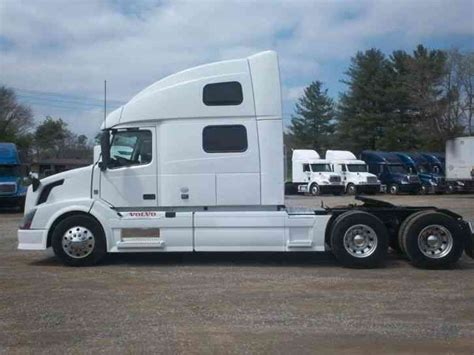 2012 volvo truck price volvo 780 2012 sleeper semi trucks