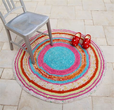 crochet rugs from sheets crocheted rag rug from sheets creative