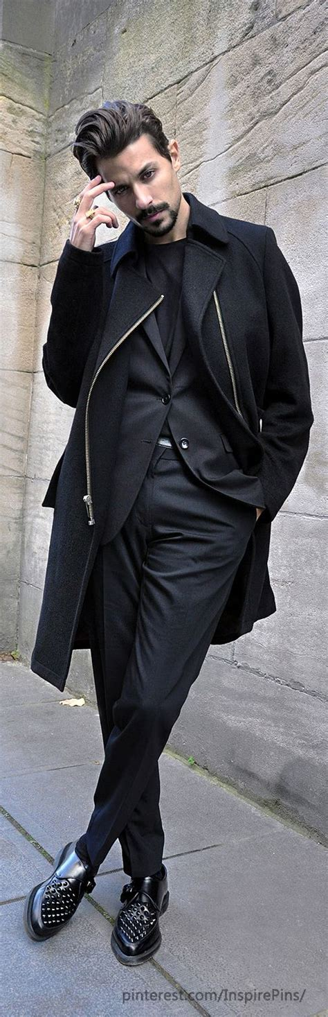 african hair style that suits wonan with high cheek bones best 25 black on black suit ideas on pinterest black on