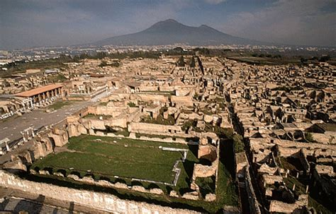 pompeii what to see in only one day practical travel guide for diy travelers books travel thru history a burning desire to visit pompeii