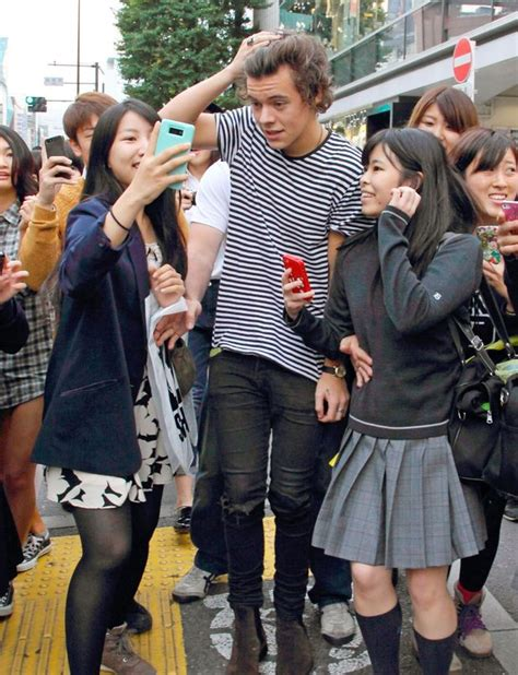 Lindsay It Up In Japan Meanwhile X Harry Deals With A Mess by Harry Styles Out And About Harajuku Tokyo Japan 31