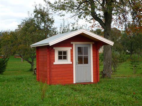 schweden gartenhaus schwedisches gartenhaus haus dekoration