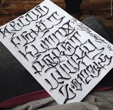 gangster lettering tattoo designs 25 best ideas about lettering fonts on