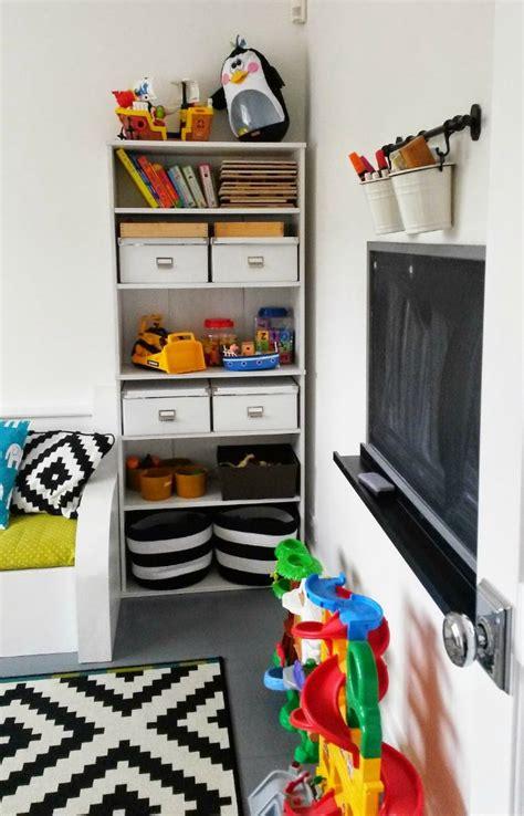 estante pared ikea estante ribba de ikea para las habitaciones infantiles