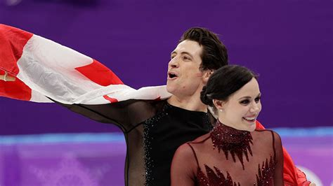 Arena Lights Virtue And Moir Celebrate During The Venue Ceremony After
