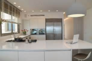 Modern L Shaped Kitchen With Island 6 Of The Most Popular Oven Arrangements For The Kitchen