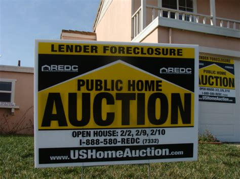 buy house from auction foreclosure wikipedia