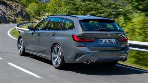 bmw  series touring specs features