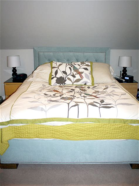 upholstered headboard bed frame construction