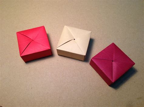 Paper Things - free coloring pages origami gift box with one sheet of