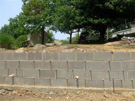 Concrete Block Garden Wall Wall Concrete Block Retaining Wall How To Build A