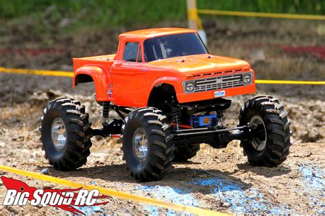 monster truck rc racing everybody s scalin for the weekend trigger king r c