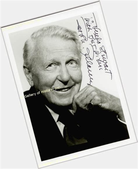 bellami offical website ralph bellamy official site for man crush monday mcm
