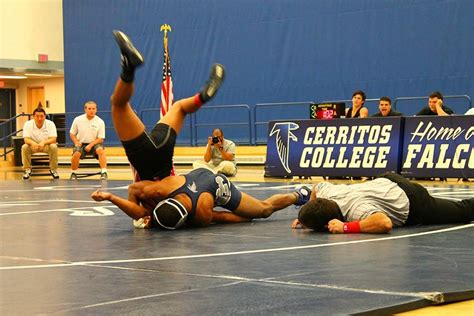 arturo palomar wrestling team pries victory from palomar talon marks